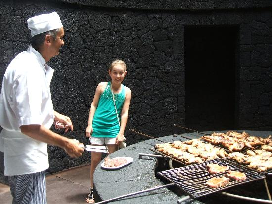 Timanfaya National Park: Lunch cooked on the volcano