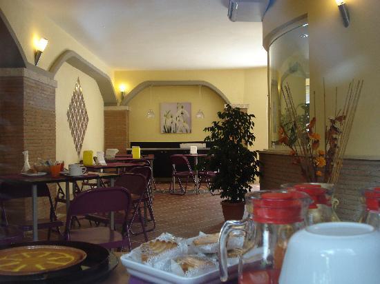 Idria Hotel: sala colazione