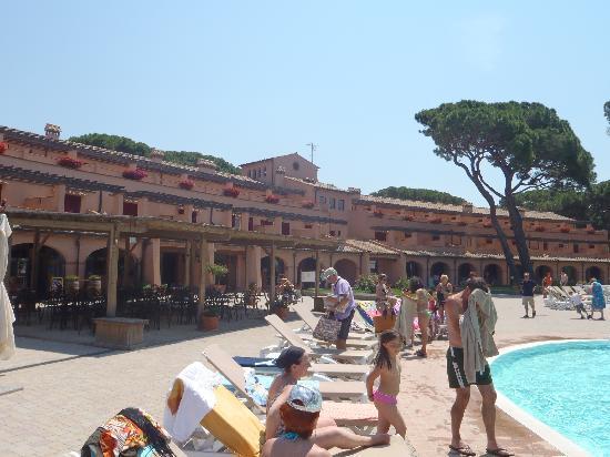 Corte dei Tusci: l'hotel dalle piscine