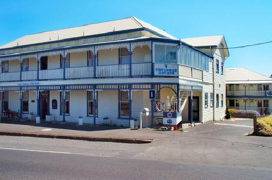 Point Lonsdale Guesthouse Hotel: Side View
