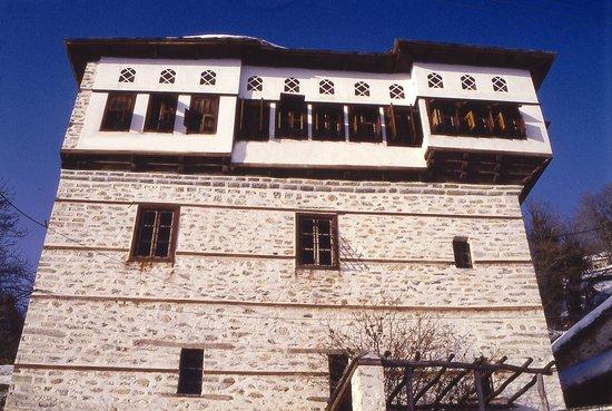 Photo of Santikos Mansion Platanias Pelion