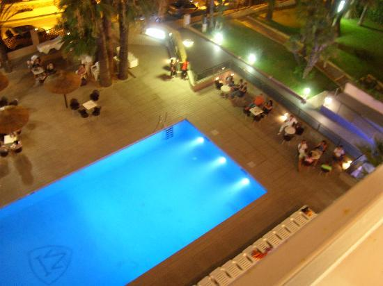 Mont Park: Swimming pool area