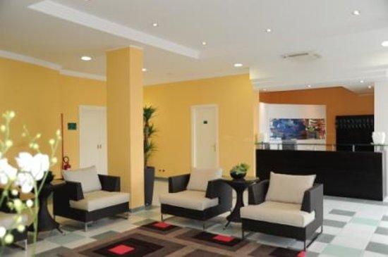 Hotel Bulla Regia : HALL