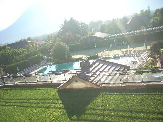 Residence hoteliere spa Les Chataigniers: Vue superbe de l'appartement