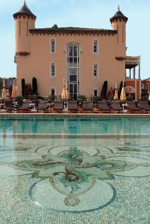Chateau De La Messardiere: Swimming-pool