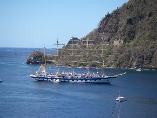 St. Lucia: nice sail boat coming in