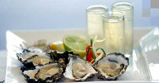 The Lagoon Seafood Restaurant: Sydney Rock Oysters