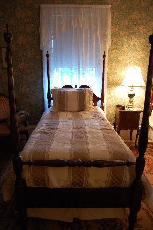 Coach House Inn: chambre de nos amis