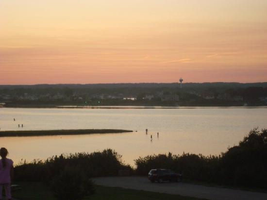 Fishermen's Memorial State Park and Campground: Sunset on the mud flats