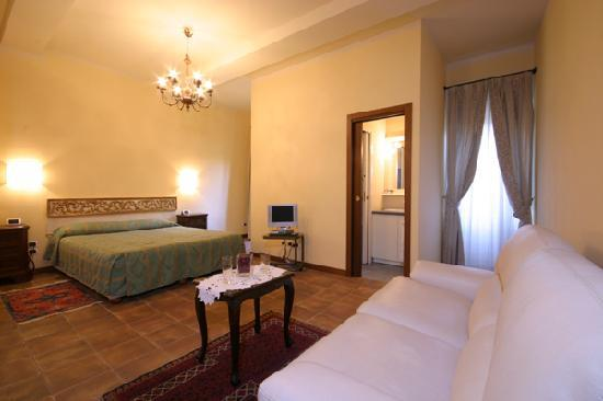 Bed and Breakfast Galileo 2000: Suite B&B Galileo 2000