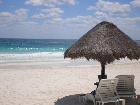 Hotel Kin Ha Pueblo: Plage du Kin ha playa