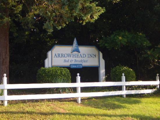 Arrowhead Inn: Entrance