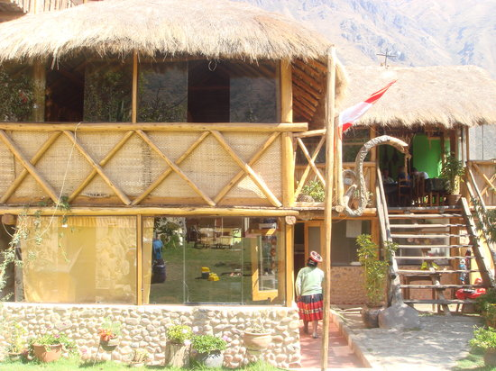 Bar Restaurant Turistico El Huatacay: the restaurant and bar