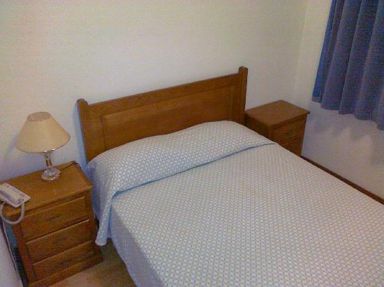 Residencial Fonseca Cardoso : Comfy double bed