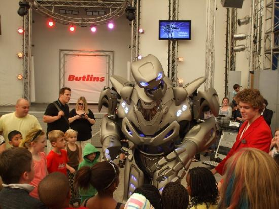 Titan The Robot Scaring The Kids And Adults Picture Of