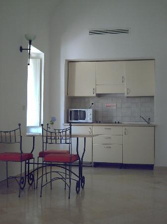 Hotel Residence Villa Noria: kitchenette