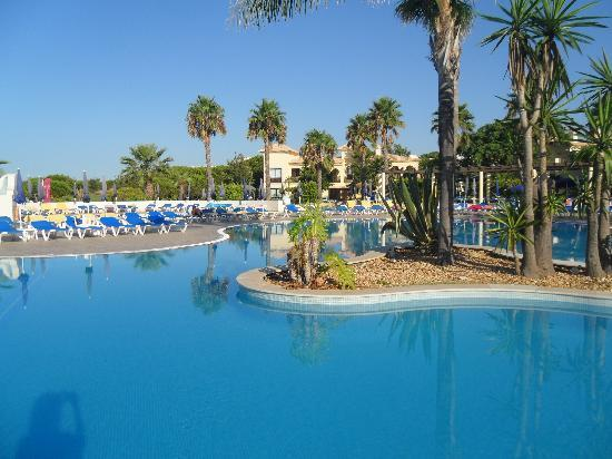 Adriana Beach Club Hotel Resort: Part of the pool area