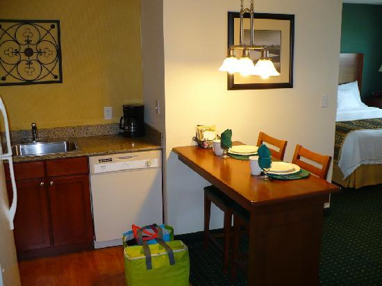 Residence Inn Loveland Fort Collins: The kitchen, with the table set for us!  =)