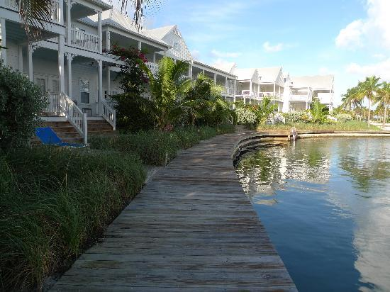Tranquility Bay Beach House Resort: Ocean side units