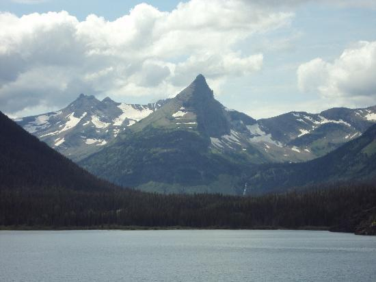 Bad Rock Bed and Breakfast: Glacier National Park