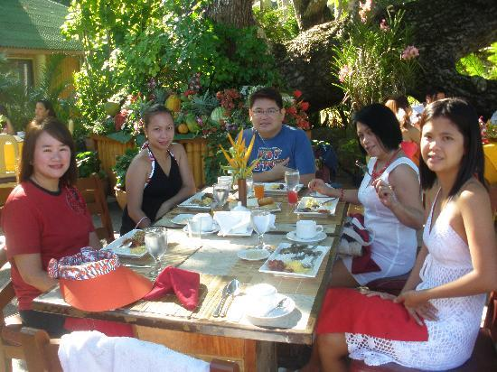 Dakak Park & Beach Resort: Breakfast Time