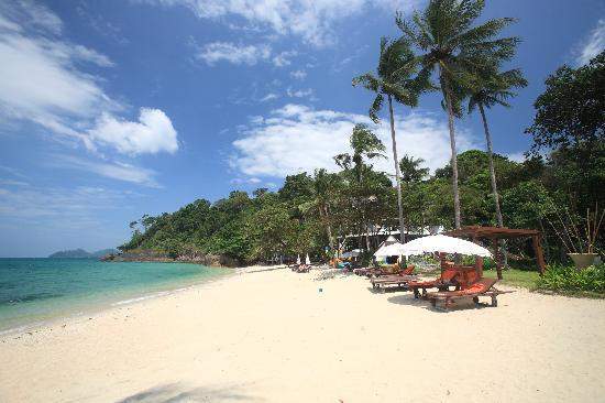 Koh Chang Cliff Beach Resort Pristine Powder Sand