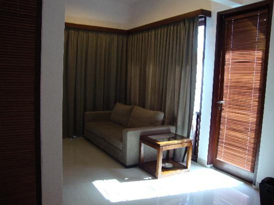 Grania Bali Villas: The room in upper level.