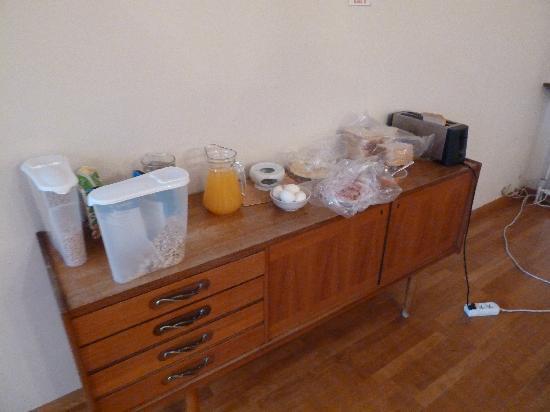 Travel Inn Guesthouse : Fruehstuecksbuffet