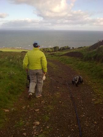 Girvan, UK: Enjoying the walk