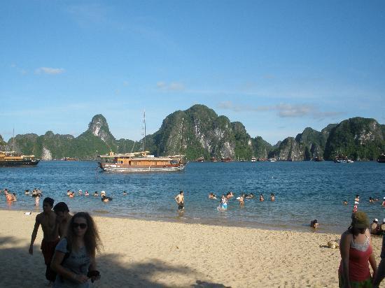 Hanoi Phoenix Hotel: Halong Beach