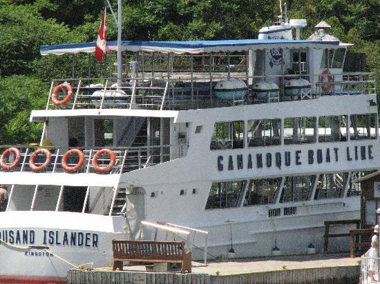 KOA 1000 Islands / Ivy Lea: Close to a few cruise lines of the 1000 islands