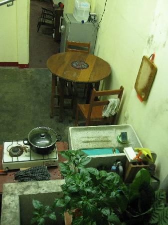 Warmiboa Travellers House: Full-shared kitchen