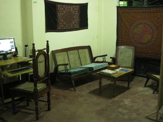 Warmiboa Travellers House: Internet room