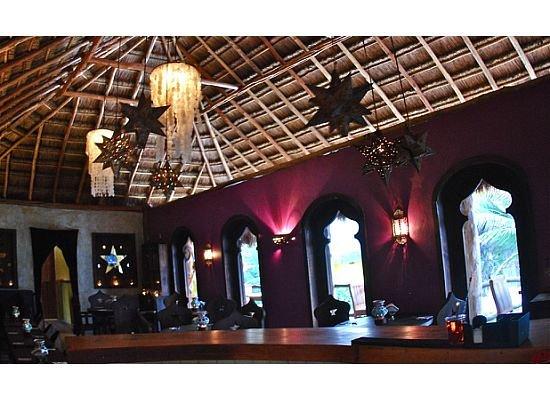 Restaurante Las Estrellas: Dine inside Las Estrellas