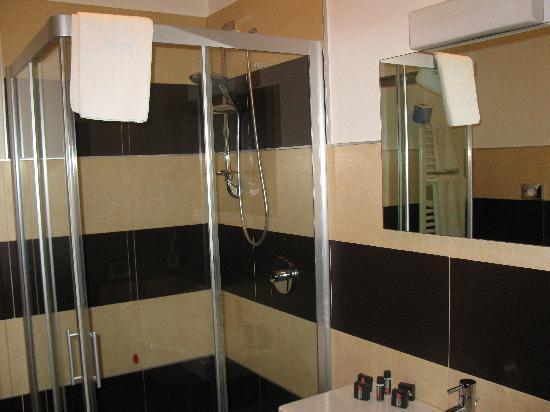Hotel Arthur: Bagno