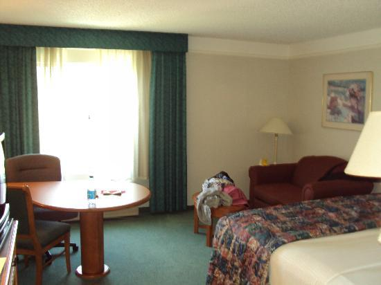 La Quinta Inn & Suites Houston Bush IAH South: Upgraded room