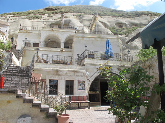 Lalezar Cave Hotel: general view from hotel
