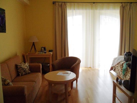 Sagadi Manor Hotel: sofa, workdesk