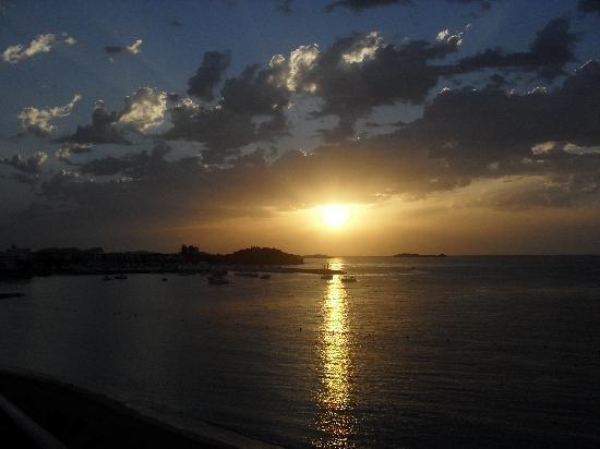 Hotel Riomar: Sunrise over Santa Eulalia