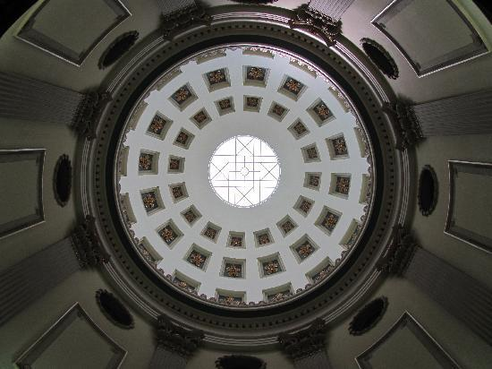 Jackson, MS: Dome of Capitol