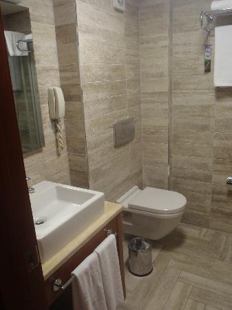Hotel Polatdemir: Baño
