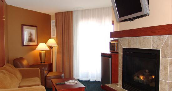Tower, MN: Premium King Suite