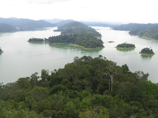Tasik Temenggor Discovery Island: View from the lookout tower