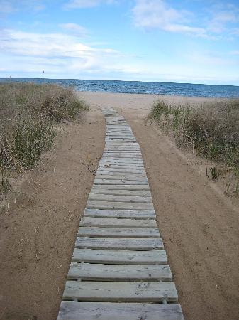 Glidden Lodge Beach Resort Boardwalk To The
