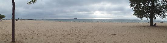 Rodeway Inn: Nice beach nearby.