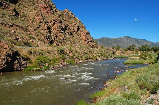 Royal Gorge Route Railroad: Majestic Western scenery lines the entire route.