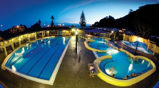 Tauranga, Nouvelle-Zélande : Hot Salt Water Swimming Pools, Mount Maunganui, Bay of Plenty