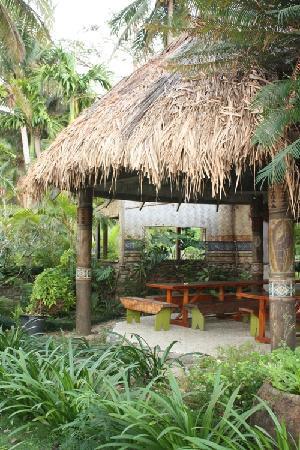 The Beachouse : Part of the bar