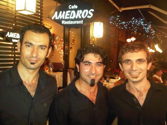 Amedros Cafe & Restaurant: A band apart!