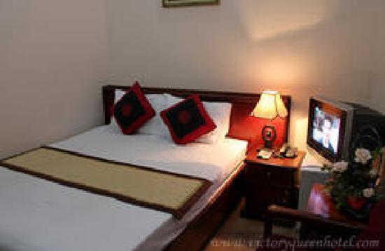 Sinnakhone Hotel: hotel room
